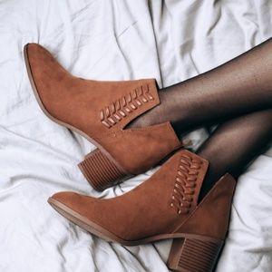 Shoes - 🆕️//The Nova//chestnut cutout bootie